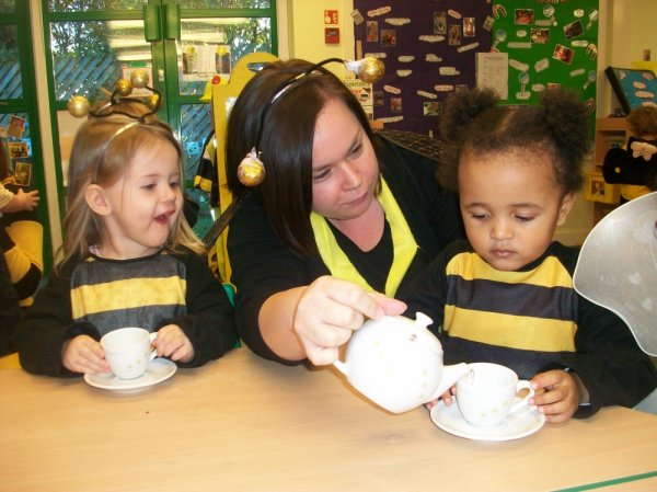 Busy Bees at St Andrew's Ridge gallery photo 1