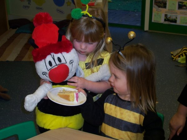 Busy Bees at St Andrew's Ridge gallery photo 9
