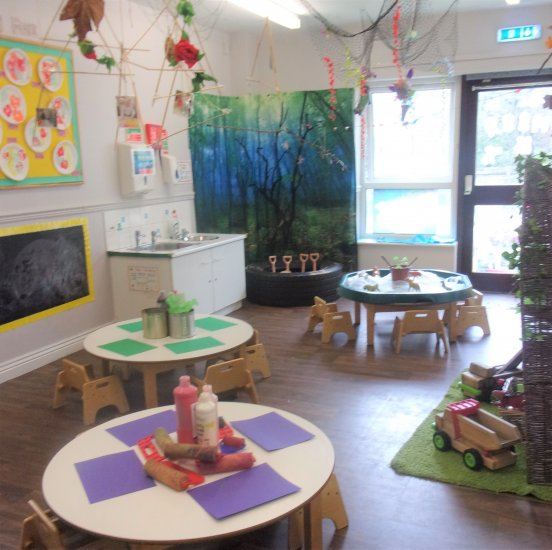 Busy Bees at Bridgend  gallery photo 8