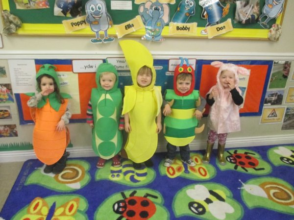 Busy Bees at Bridgend  gallery photo 6