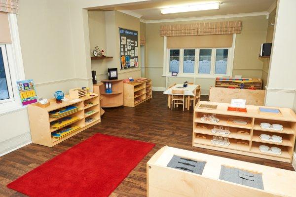 St Albans Nursery and Montessori Pre-school gallery photo 14