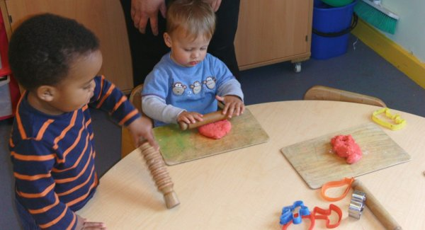 Busy Bees at Hillingdon  gallery photo 3