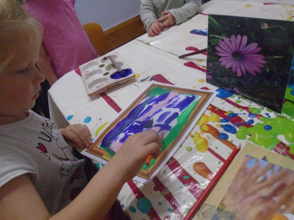 Busy Bees at Leeds Headingley gallery photo 6