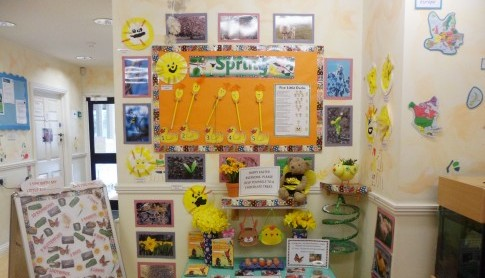 Busy Bee's get into the spring spirit at Maidstone Hospital