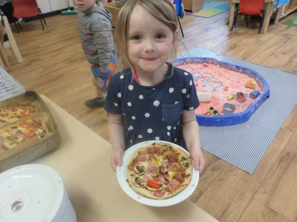 Pre-school go Pizza mad! Photo-3
