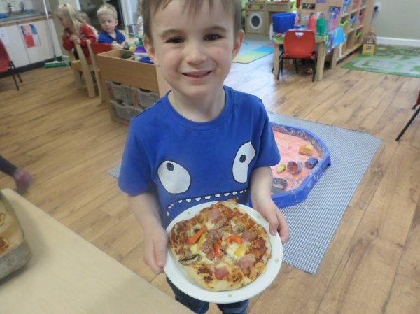 Pre-school go Pizza mad! Photo-4