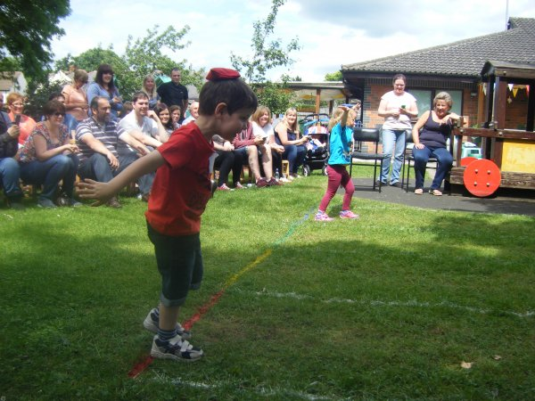 Red team win for Preschool 1 Sports day Photo-2