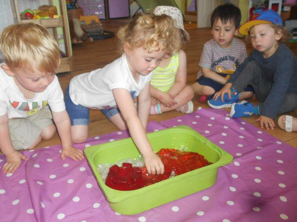 Beach Fun @ Busy Bees Fulwell Photo-4
