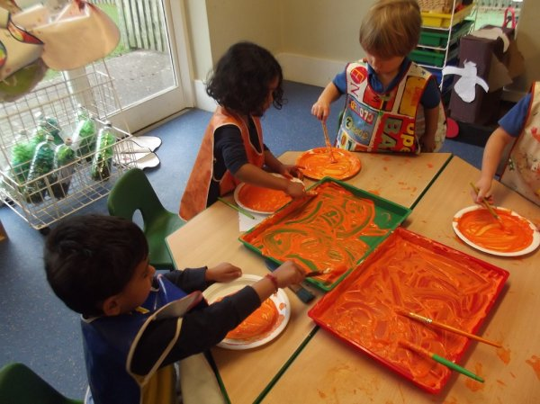 Pre- School Autumn and Sorting Activities Photo-2