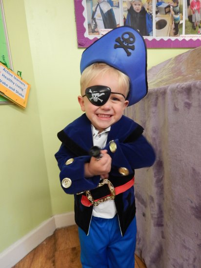 Eternally Ava - Princess And Pirate Day Photo-2