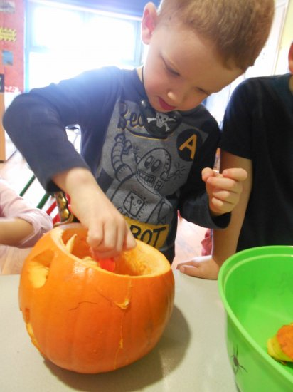 Preparing for Halloween Celebrations Photo-3