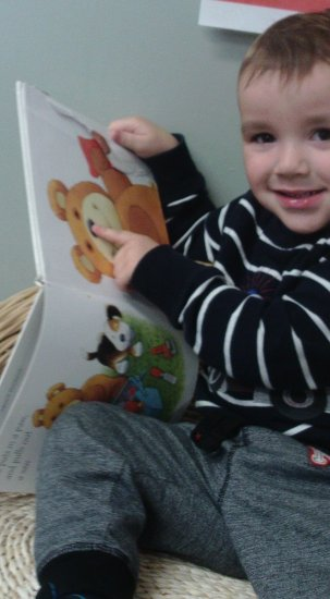 Toddlers Love Books Photo-3