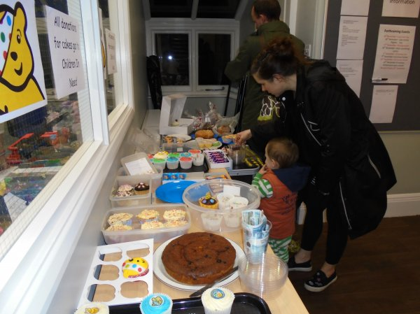 Children in Need Cake sale Photo-3