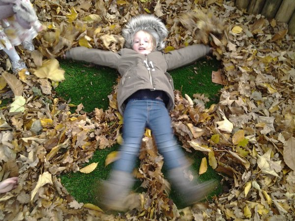 Autum fun in the garden.  Photo-6