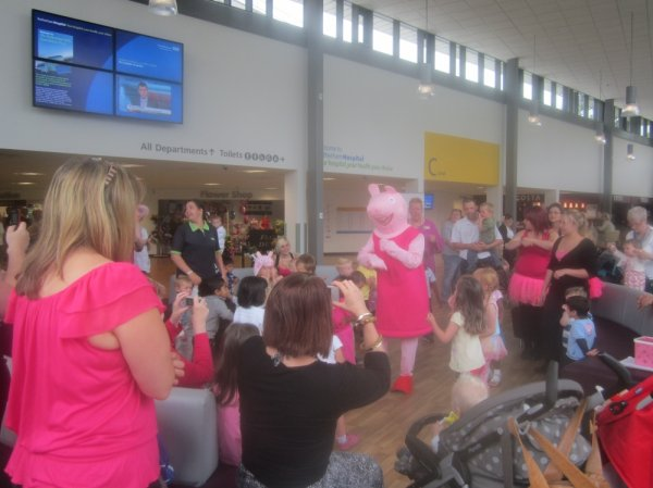 Peppa Pig Bing Bong Dance Photo-4