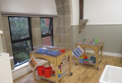 New Little Acorns Room Photo-2