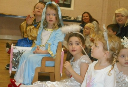 Pre-School Nativity Photo-3