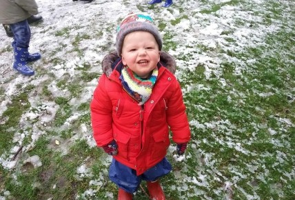 Playing outside in the snow! Photo-3