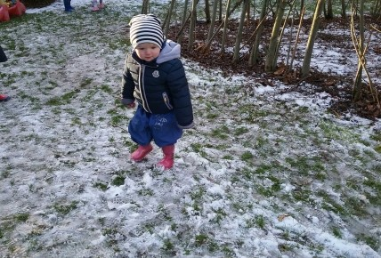 Playing outside in the snow! Photo-6
