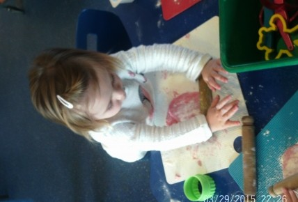 Toddlers Making Play Dough Photo-6