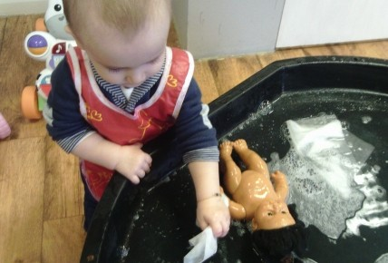 Washing our dolls Photo-3