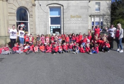 We dressed in red for Comic Relief!! Photo-1