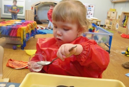 Messy Messy Play! Photo-2