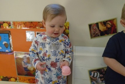 Exciting Egg and Spoon Races Photo-1