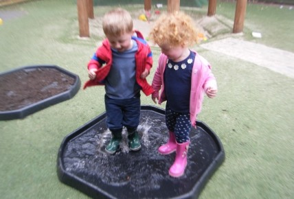 Peppa Pig's Muddy Puddle Walk Photo-1