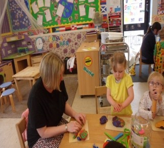 Messy Play Afternoon 2 ! Photo-2