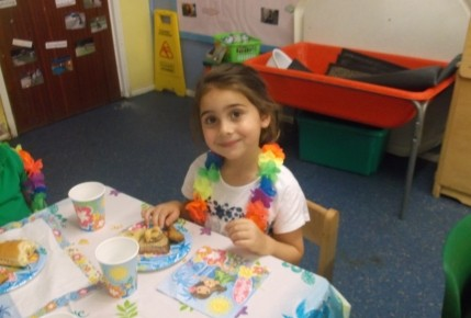 Pre school leavers beach party Photo-5