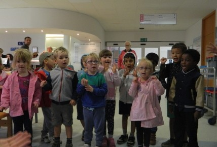Preschool Singing at Maidstone Hospital Photo-1