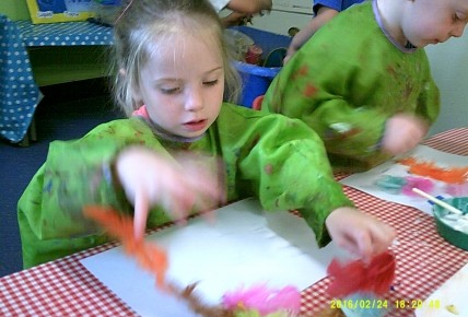 Pre-school Messy Play Photo-2