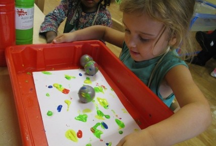 Bubble Painting and Roll a Ball Painting Photo-1