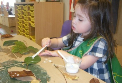 Pre School Leaf Printing Photo-3