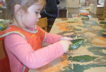 Pre School Leaf Printing Photo-4