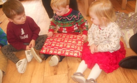 Christmas Party Fun for Tweenies and Pre-School Photo-4
