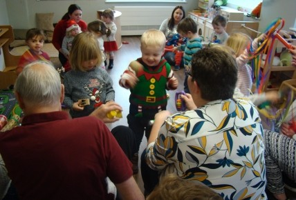 Christmas Jumper Carol Singing Photo-5
