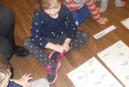 PreSchool Learning their numbers & letters Photo-1