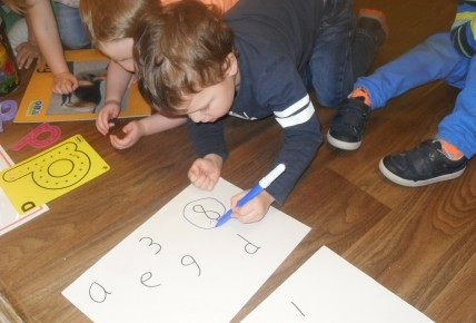PreSchool Learning their numbers & letters Photo-2