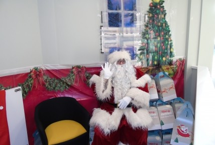 Father Christmas Photo-2