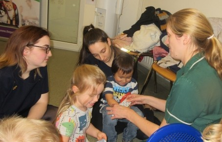 Pre-school children visited the local vet's  Photo-5