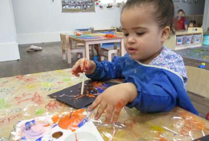 Messy play with babies! Photo-3