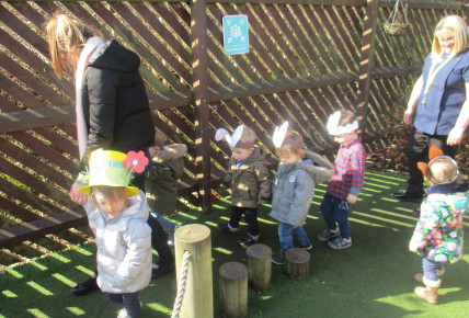 Easter Bonnet parade Photo-3