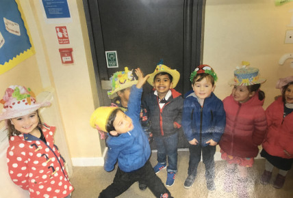 Easter bonnet 2018 Busy Bees QE Photo-1