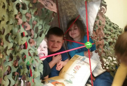 Pre School Den building Photo-5