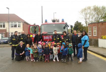 Visit from London Fire Brigade Photo-4