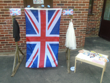 Royal Wedding Garden Party Photo-2