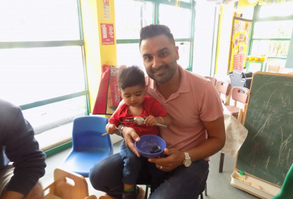 Fun and Frolics in 1-2's with their Dad's! Photo-1