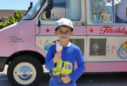Ice Cream Man Visit Photo-2